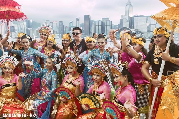 Indonesian Dancers
